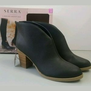 Serra Ankle Boots Fashion Booties Women's Size 10